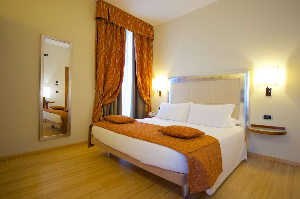 Best Western Crystal Palace Hotel - Double Standard Room BEST WESTERN CRYSTAL PALACE HOTEL TORINO