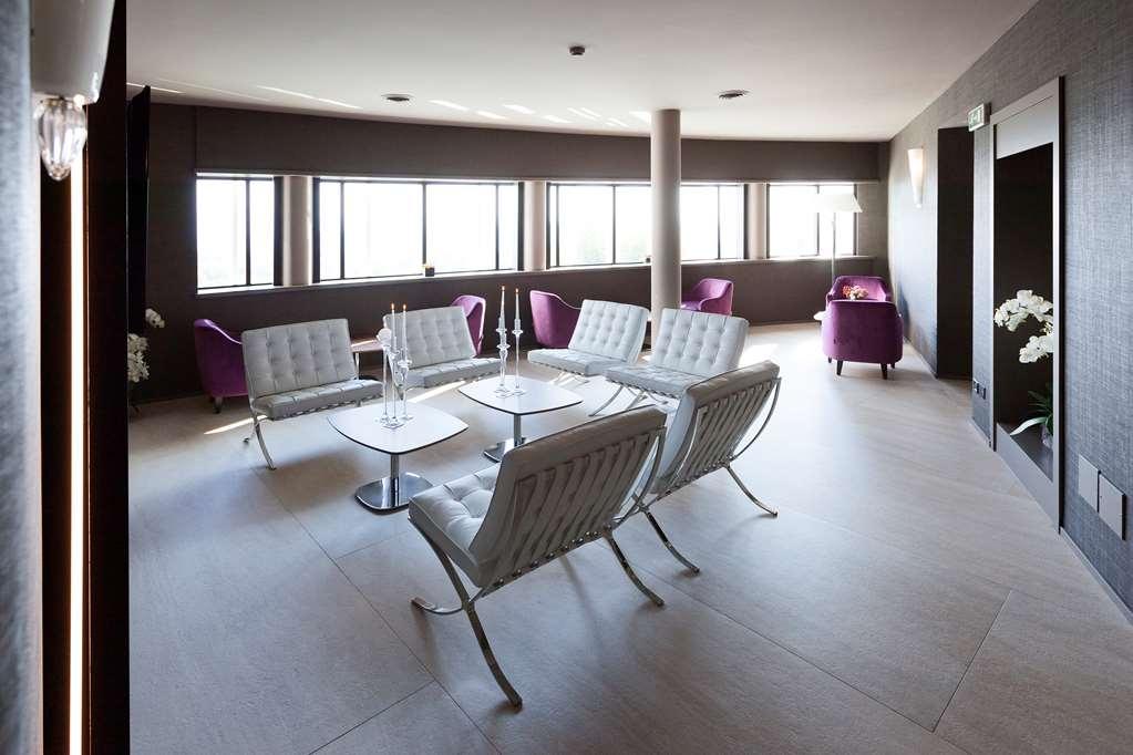 Best Western Albavilla Hotel & Co. - Lobbyansicht