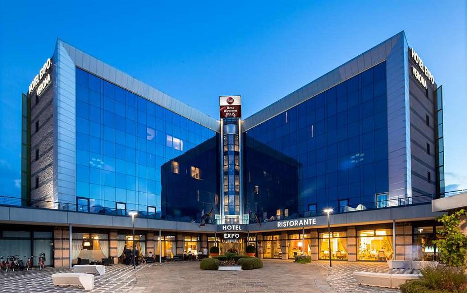 Best Western Plus Hotel Expo - Exterior