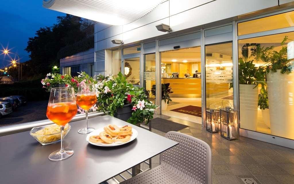 Best Western Hotel Adige - Bar / Lounge