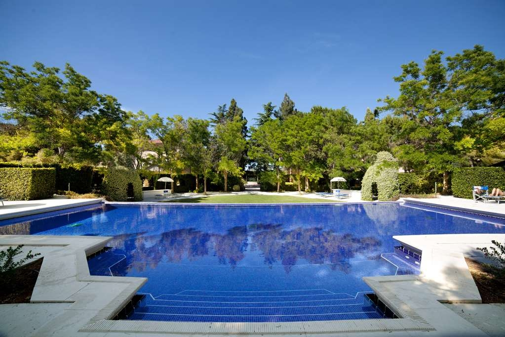 Best Western Villa Maria Hotel - Outdoor Swimming Pool