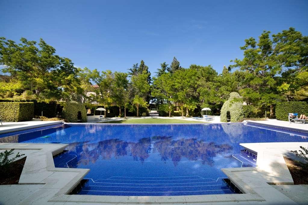 Best Western Villa Maria Hotel - Vue de la piscine
