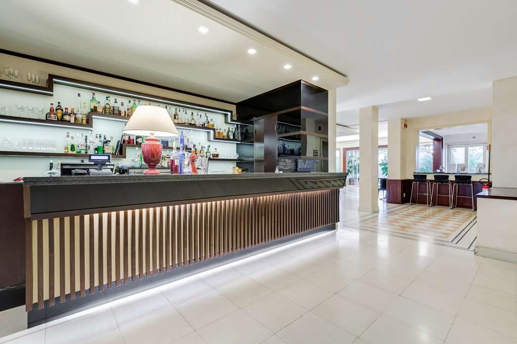 Best Western Villa Maria Hotel - Bar / Lounge