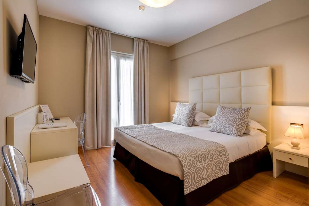 Best Western Hotel Nuovo - Standard Room with One Queen Size Bed