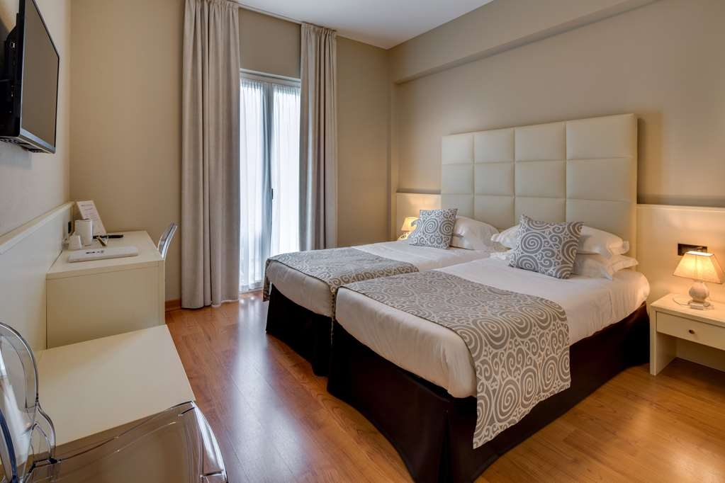 Best Western Hotel Nuovo - Standard Guest Room with Two Twin Size Beds