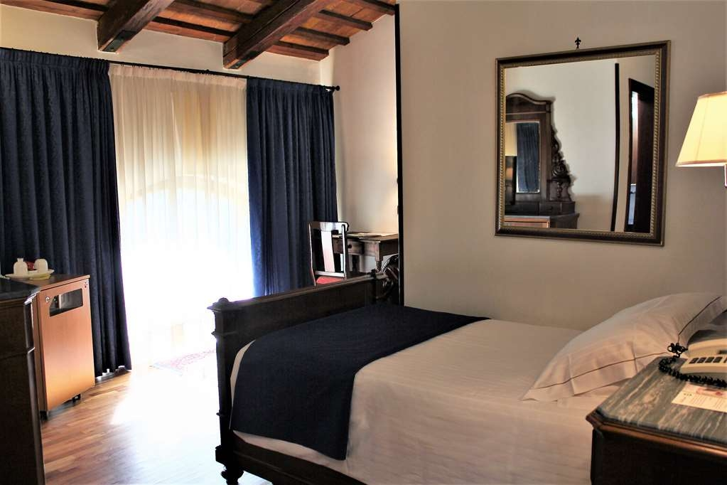 Best Western Plus Hotel Villa Tacchi - Habitaciones/Alojamientos