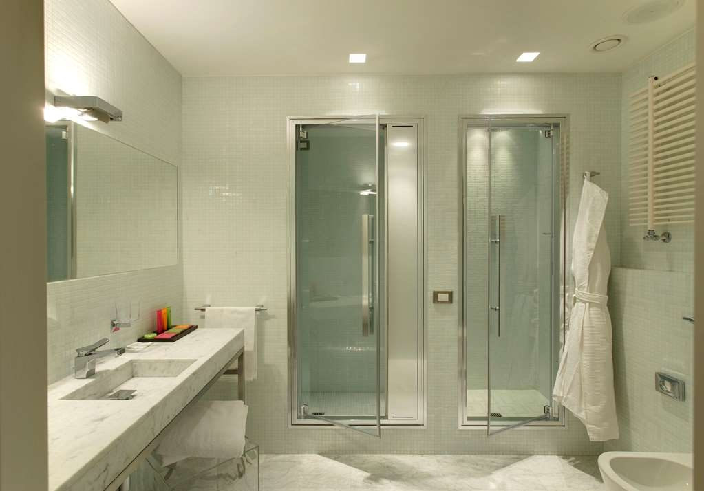 Devero Hotel & Spa, BW Signature Collection - Executive Suite Bathroom with Turkish Bath
