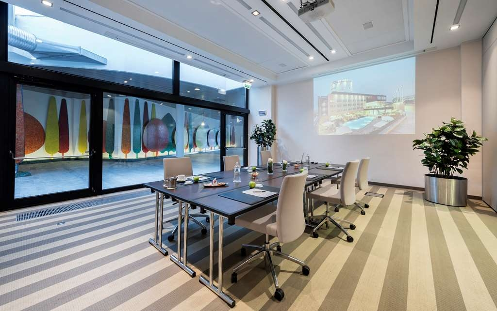 Devero Hotel & Spa, BW Signature Collection - Meeting Room