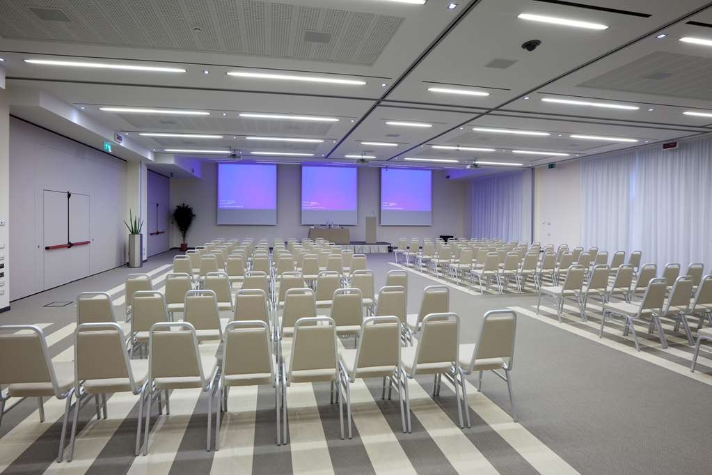 Devero Hotel & Spa, BW Signature Collection - Large Conference Room
