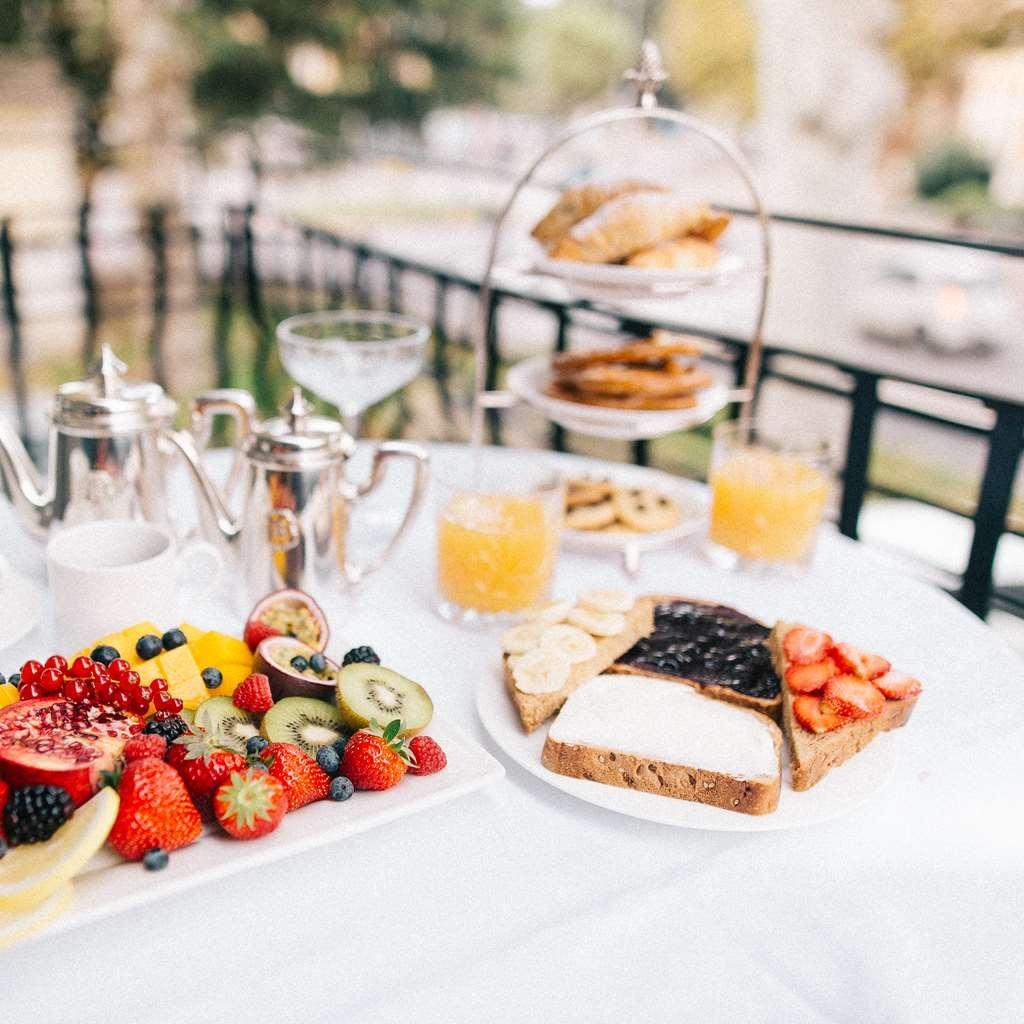 Glam Boutique Hotel, BW Premier Collection - Le petit déjeuner buffet