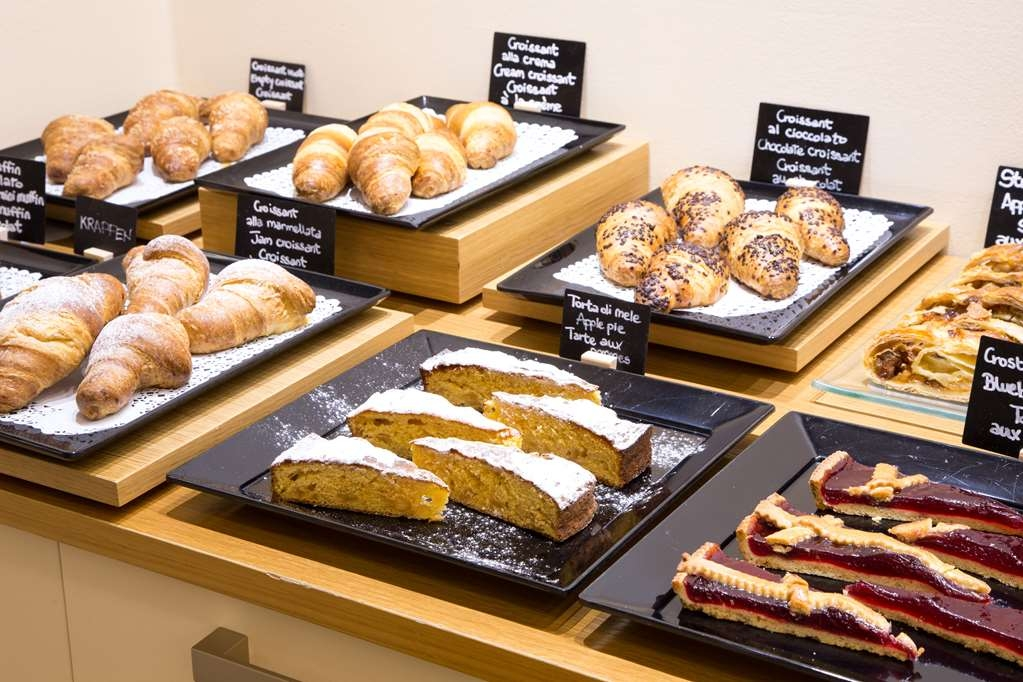 Best Western Ivrea Crystal Palace - Breakfast Area