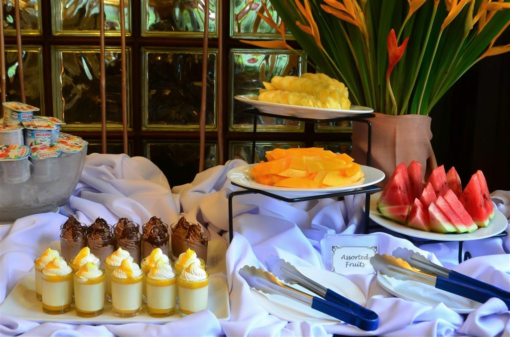 Best Western Hotel La Corona Manila - Frühstück