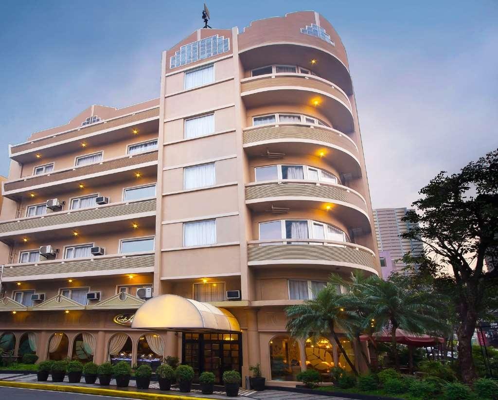 Best Western Hotel La Corona Manila - Außenansicht