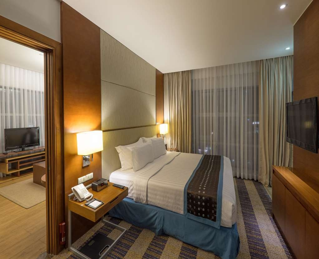 Best Western Plus Lex Cebu - junior suite