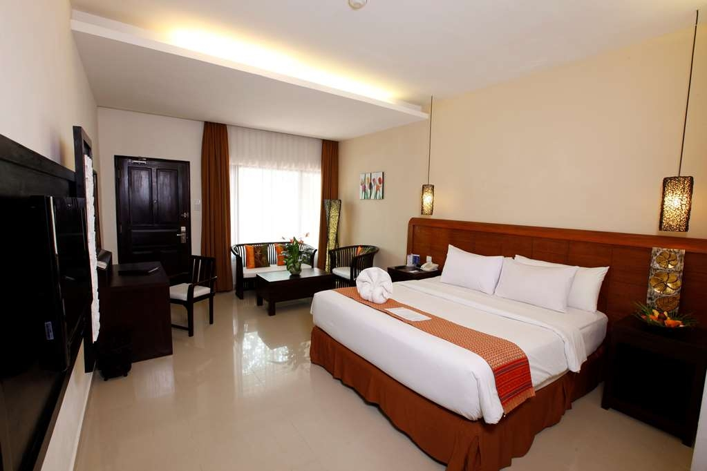 Best Western Resort Kuta - Poolansicht