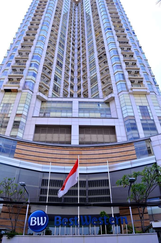 Best Western Mangga Dua Hotel and Residence - Façade