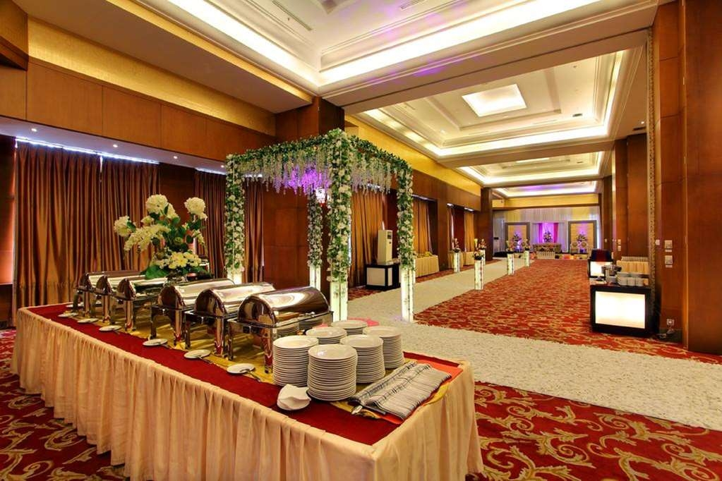 Best Western Mangga Dua Hotel and Residence - Salle de réunion