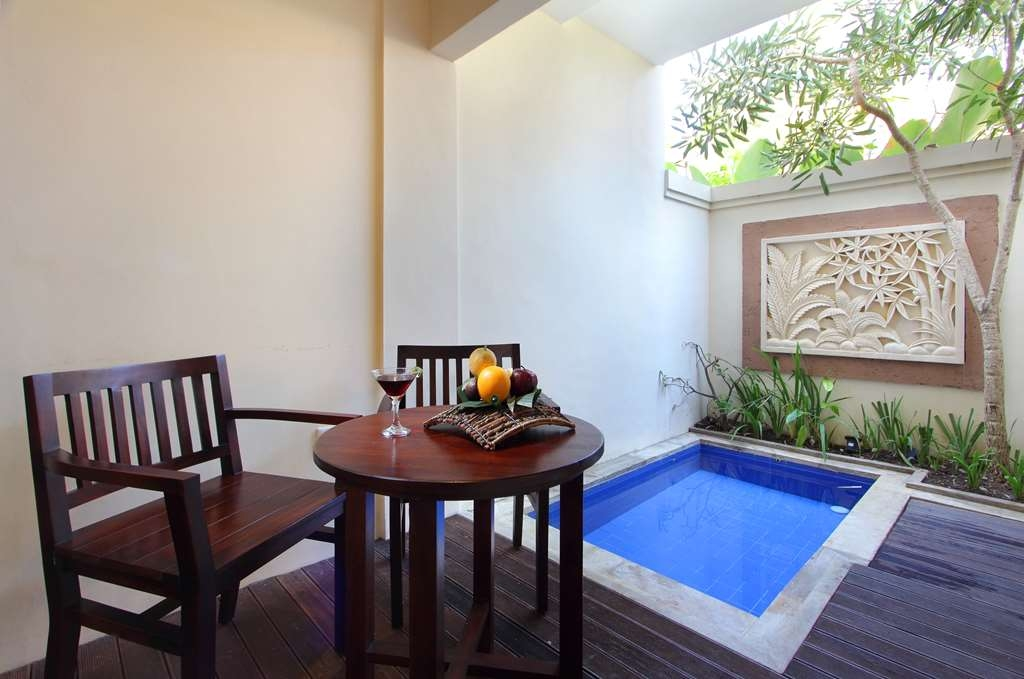 Best Western Kuta Villa - Deluxe room with Plunge Pool