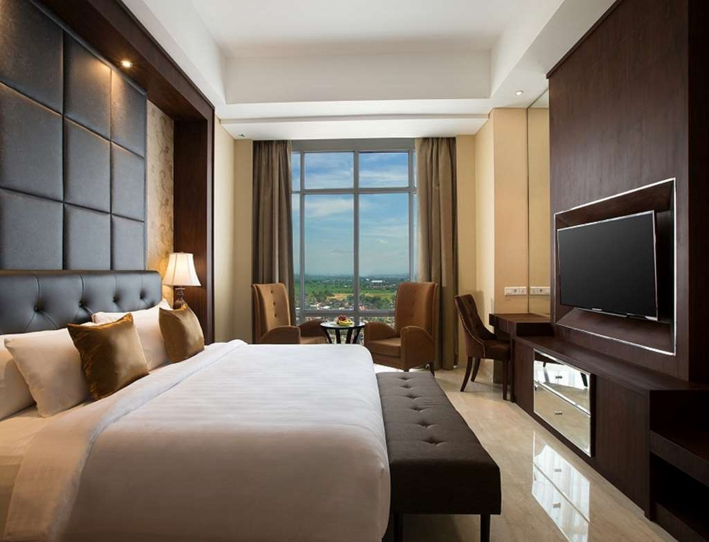 Best Western Premier Solo Baru - Suite 1 Double Bed
