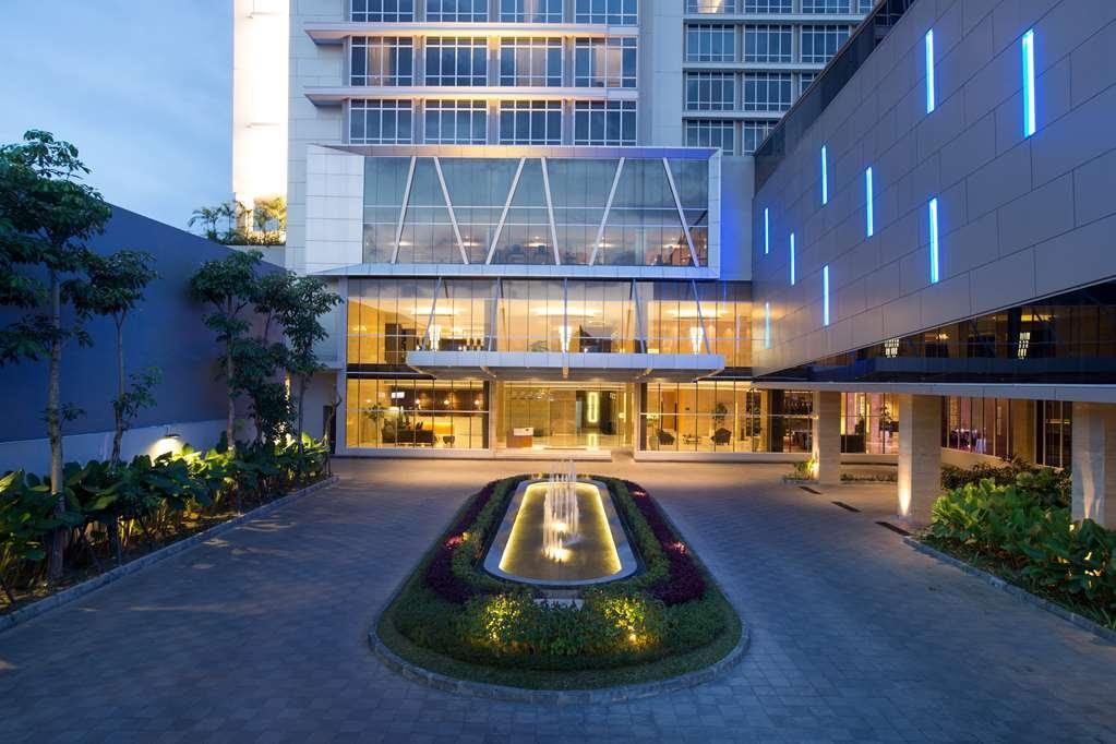 Best Western Premier Solo Baru - Facciata dell'albergo