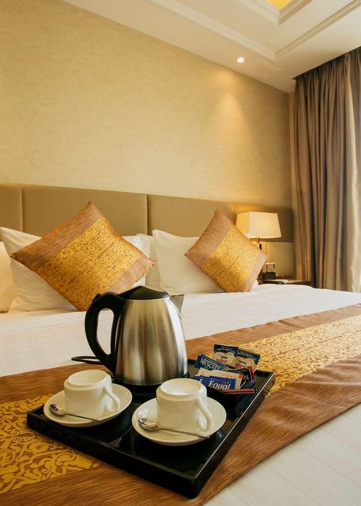 Best Western Plus Hotel Subic - Presidential Suite Room