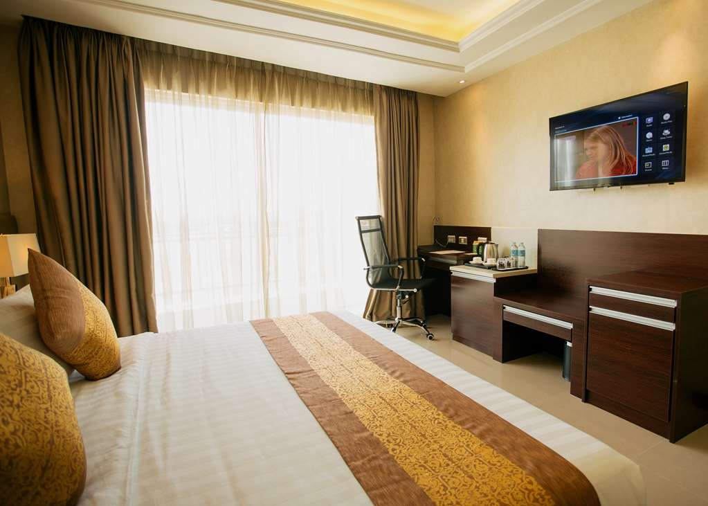 Best Western Plus Hotel Subic - Executive Room