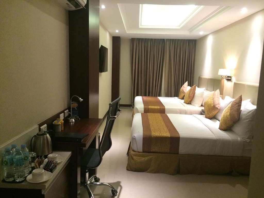 Best Western Plus Hotel Subic - Family Room