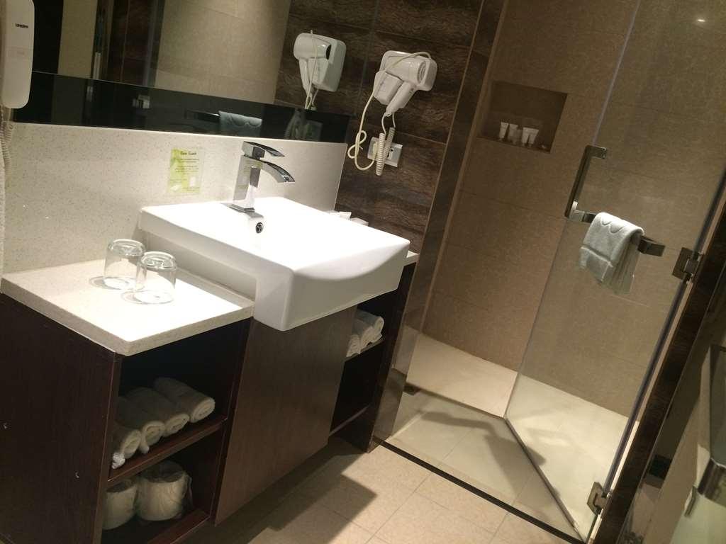 Best Western Plus Hotel Subic - Salle de bain