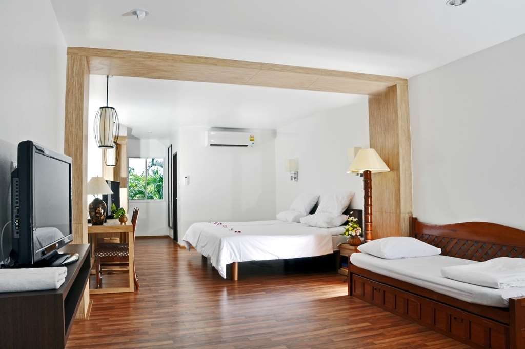 Best Western Phuket Ocean Resort - Family Guest Room
