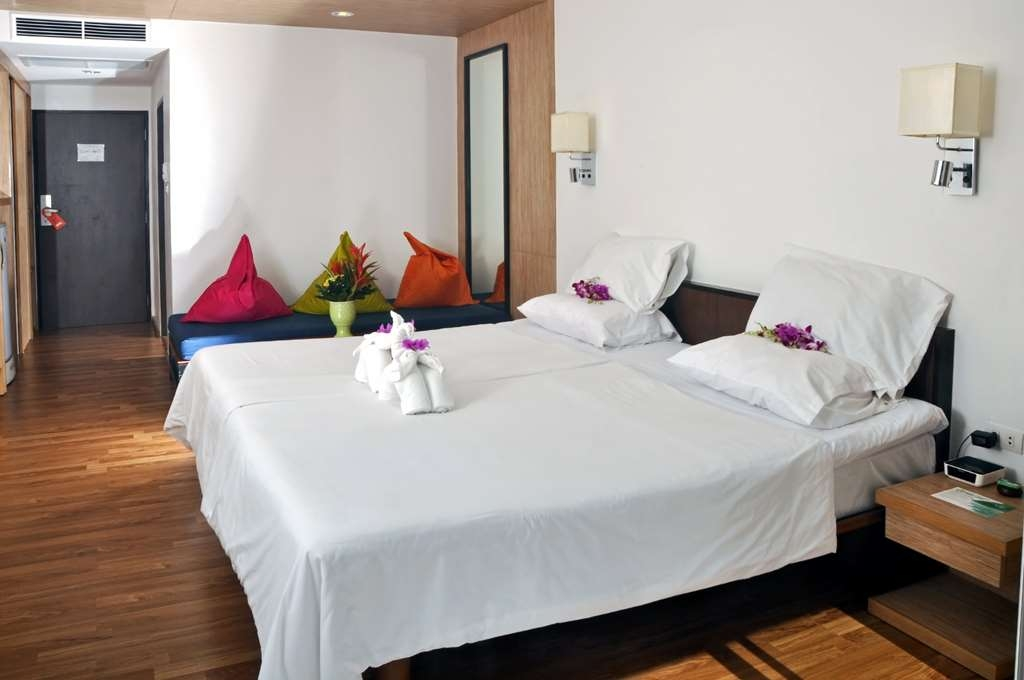 Best Western Phuket Ocean Resort - Deluxe Guest Room
