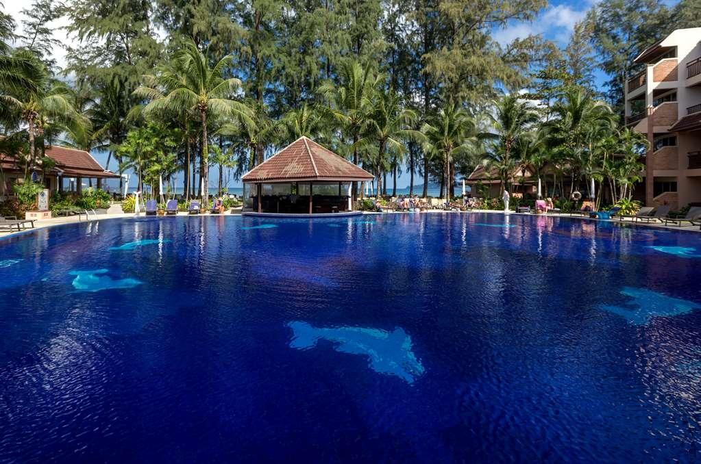Best Western Premier Bangtao Beach Resort & Spa - bar de la piscina