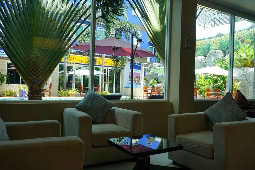 Best Western Royal Buriram Hotel - Vista del vestíbulo