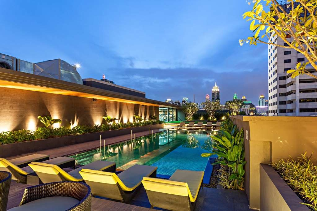 Best Western Premier Sukhumvit - Swimming Pool