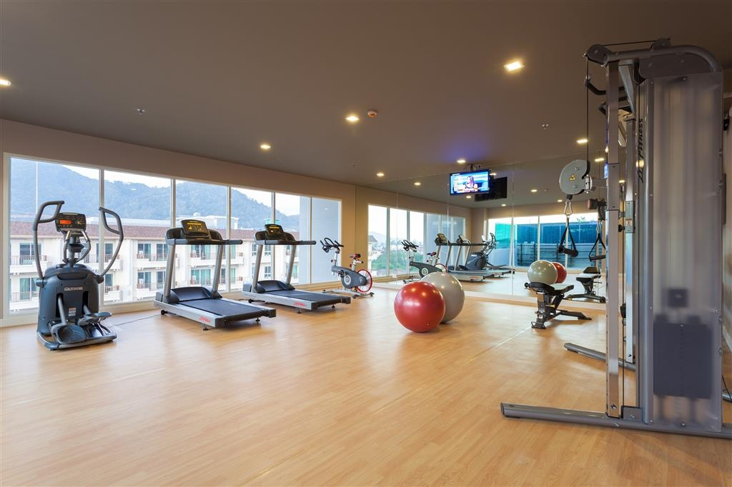 Best Western Patong Beach - Our fitness center is outfitted with everything you need for a great workout.