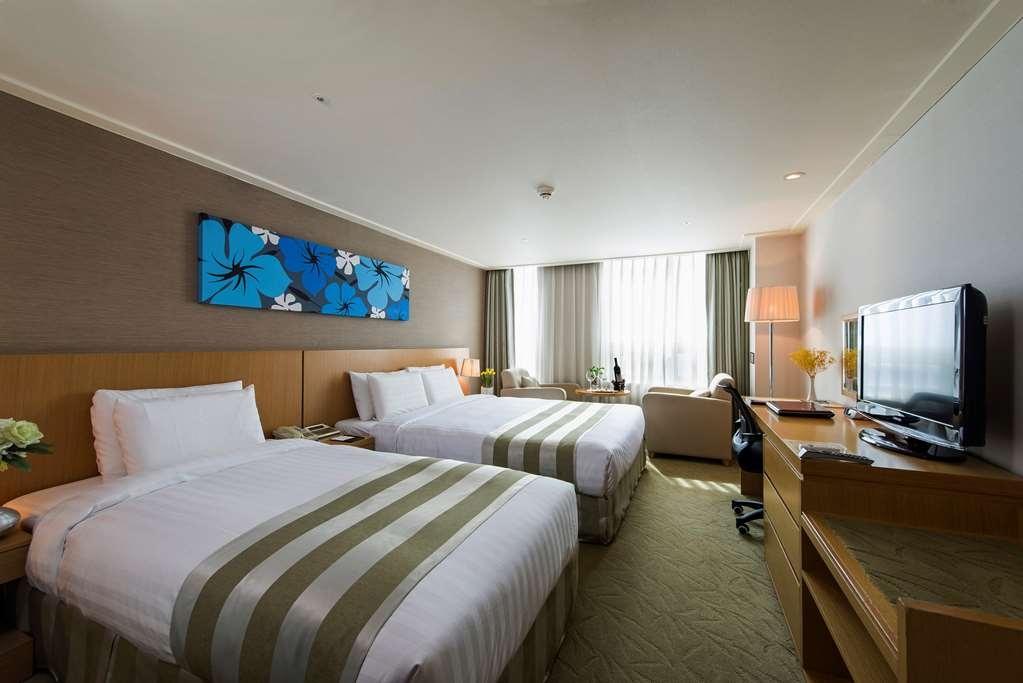 Best Western Premier Incheon Airport - Deluxe Twin Beds