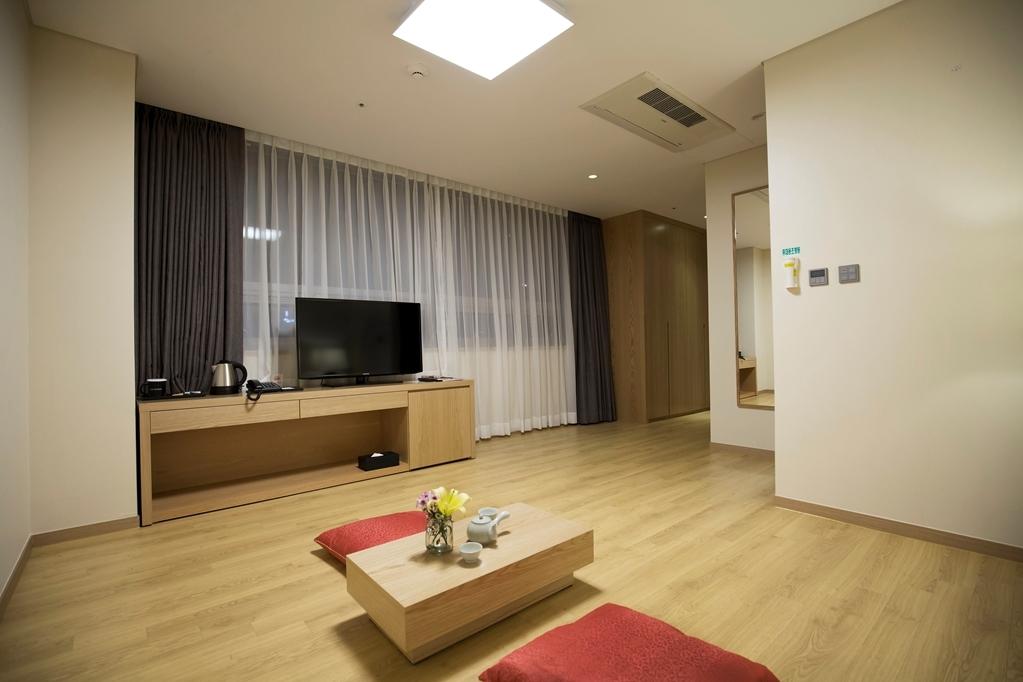 Best Western Haeundae Hotel - Standard Ondol Room City View