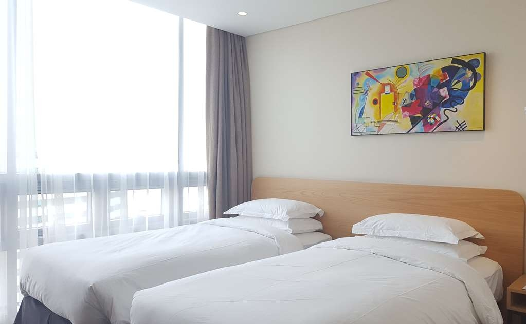Best Western Haeundae Hotel - Two Twin Bed Guest Room City View