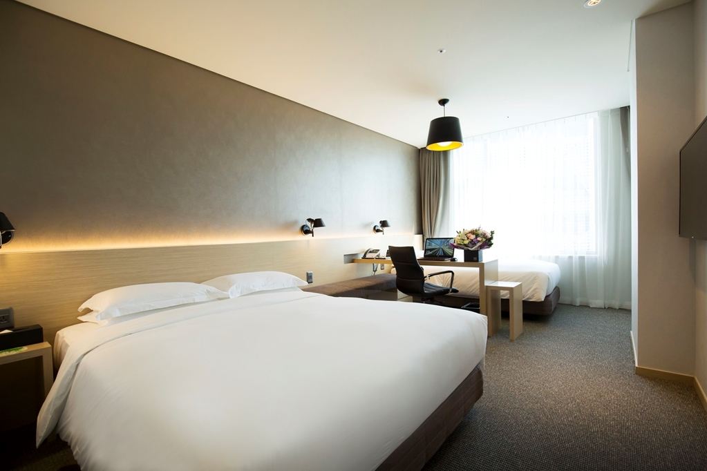Best Western Arirang Hill Dongdaemun - Double and Twin Bed Guest Room