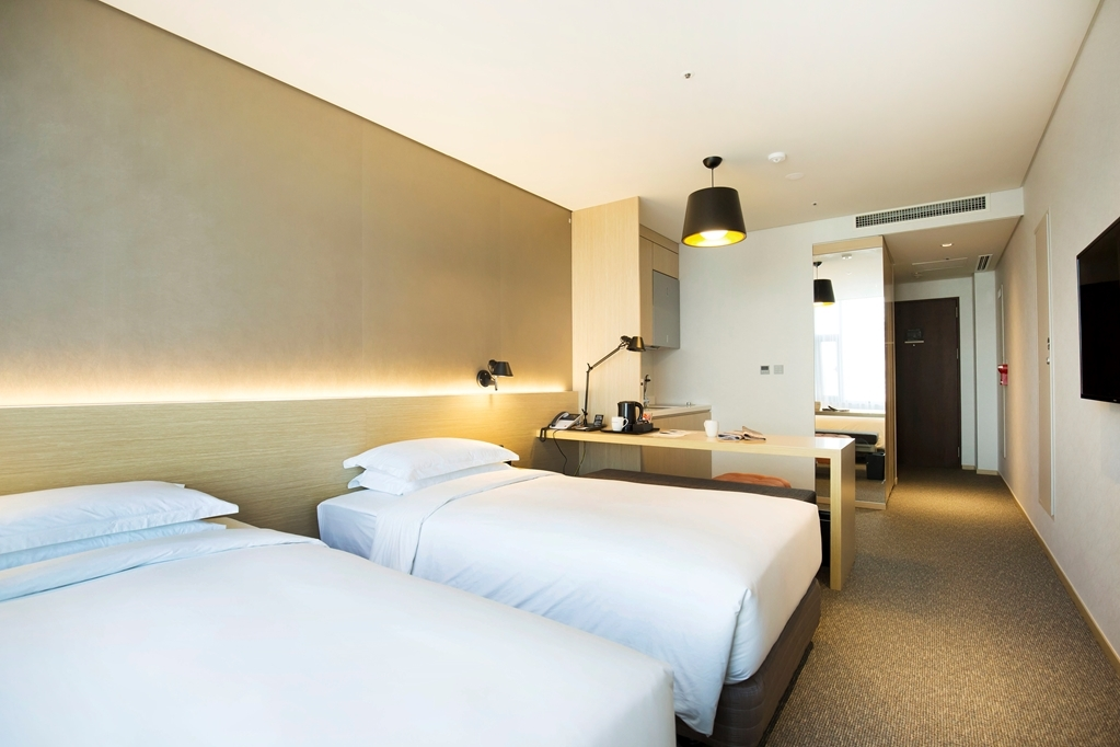Best Western Arirang Hill Dongdaemun - Residence Two Twin Guest Room