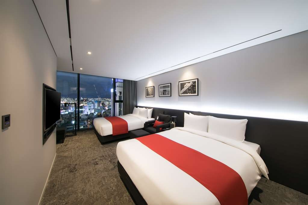 Aiden by Best Western @ Cheongdam - Suite with Two Double Beds for a Party of Four