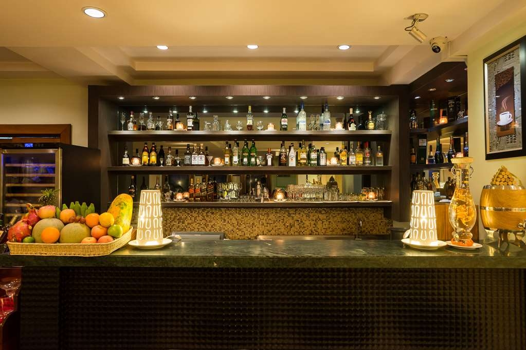 Best Western Green Hill Hotel - Bar/Lounge