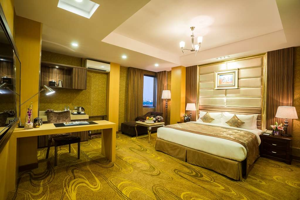 Best Western Chinatown Hotel - King Junior Suite