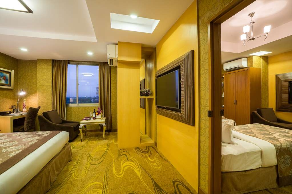 Best Western Chinatown Hotel - Executive Connecting Rooms