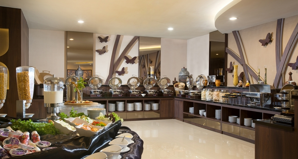 Best Western Papilio Hotel - Breakfast Buffet Area