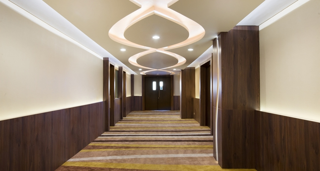 Best Western Papilio Hotel - Walkway To Conference Room