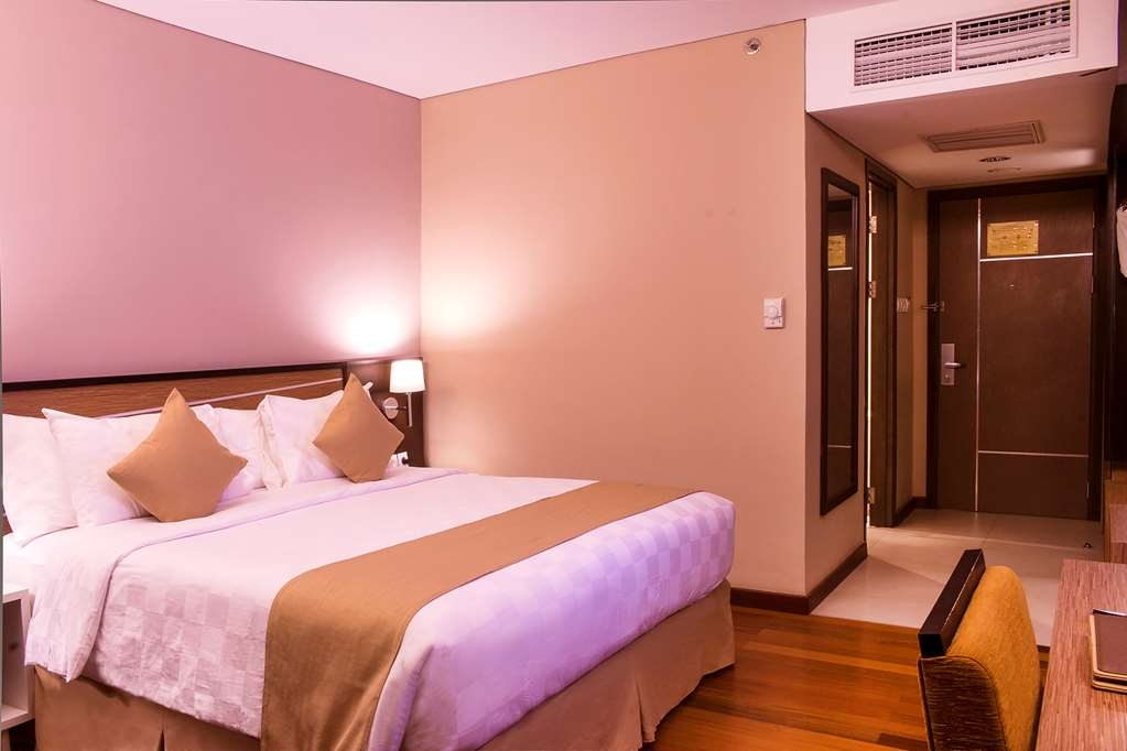 Best Western Plus Coco Palu - Superior Queen Bed Guest Room