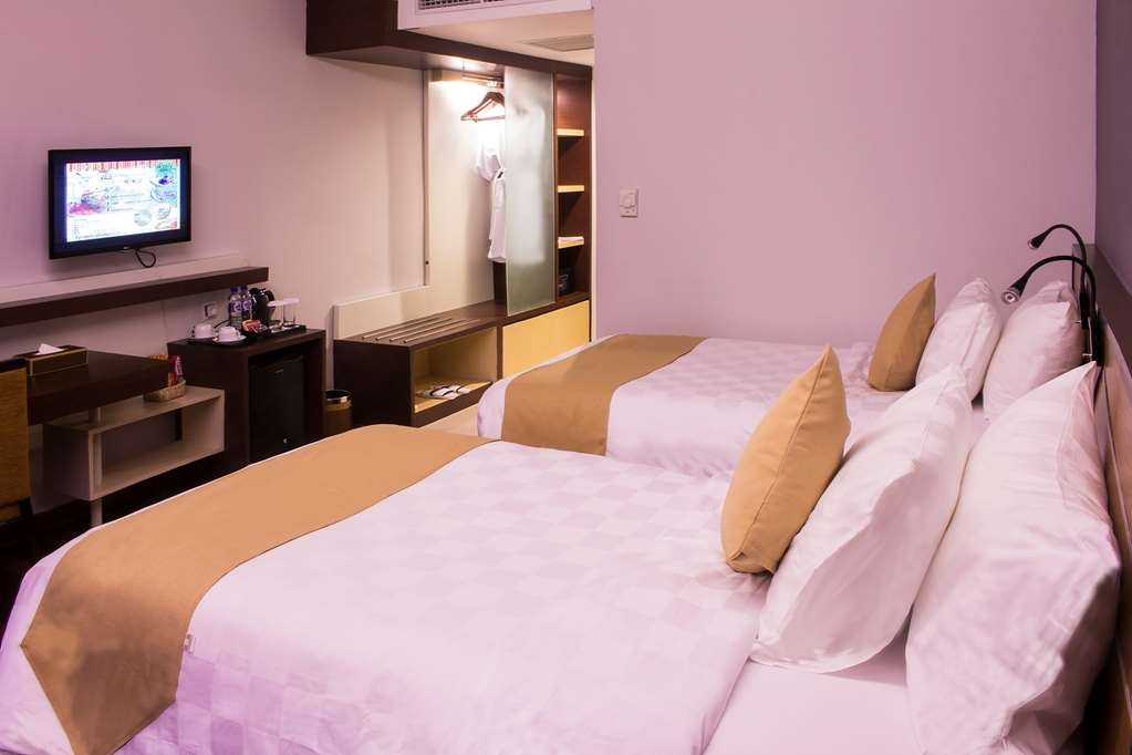 Best Western Plus Coco Palu - Superior Two Twin Guest Room