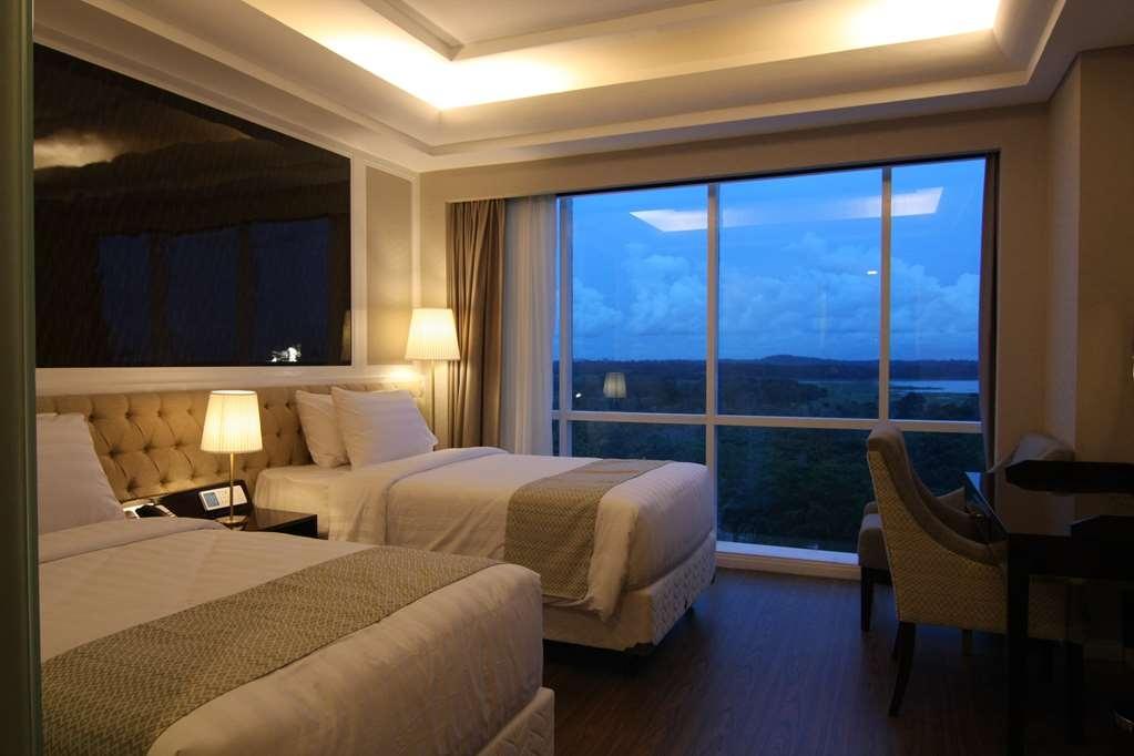 Best Western Premier Panbil - Deluxe Twin Bed