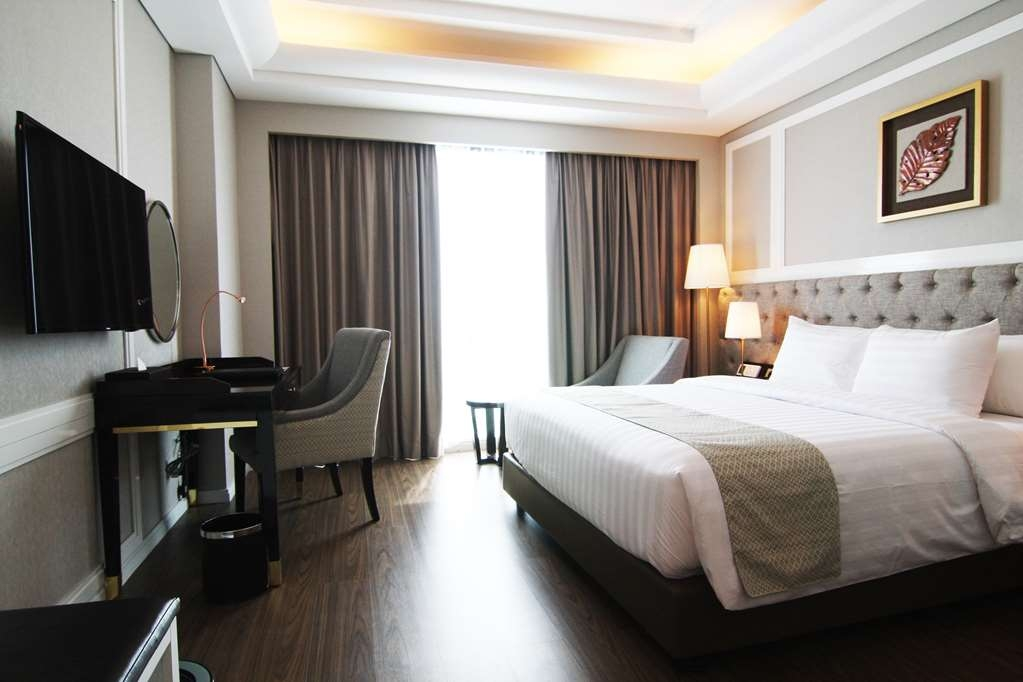 Best Western Premier Panbil - Superior Double Bed