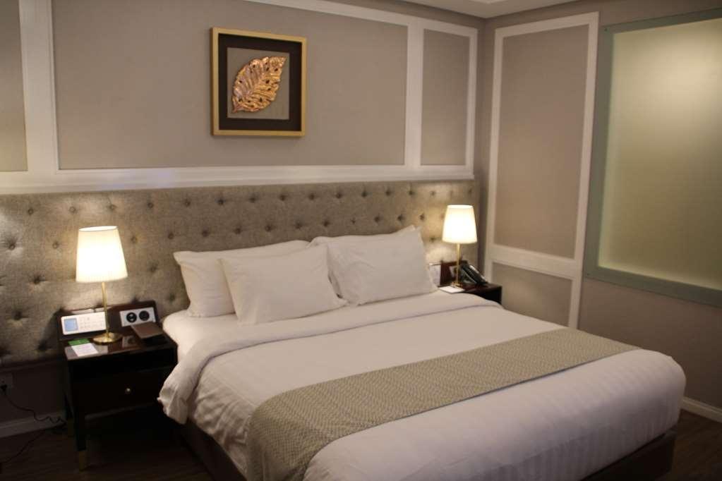 Best Western Premier Panbil - Superior Double Bed